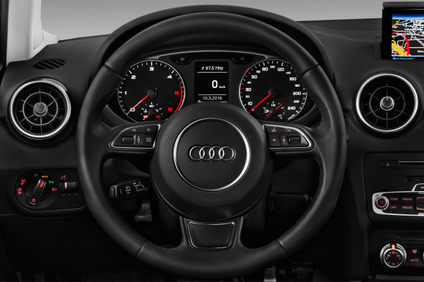 audi a1 1 4 tfsi 125 s tronic 7 ambition luxe 3portes. Black Bedroom Furniture Sets. Home Design Ideas