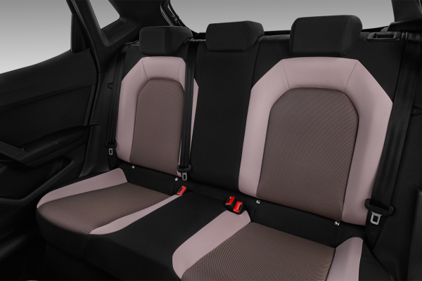 seat ibiza 1 6 tdi 115 ch s s bvm6 fr 5portes neuve moins. Black Bedroom Furniture Sets. Home Design Ideas